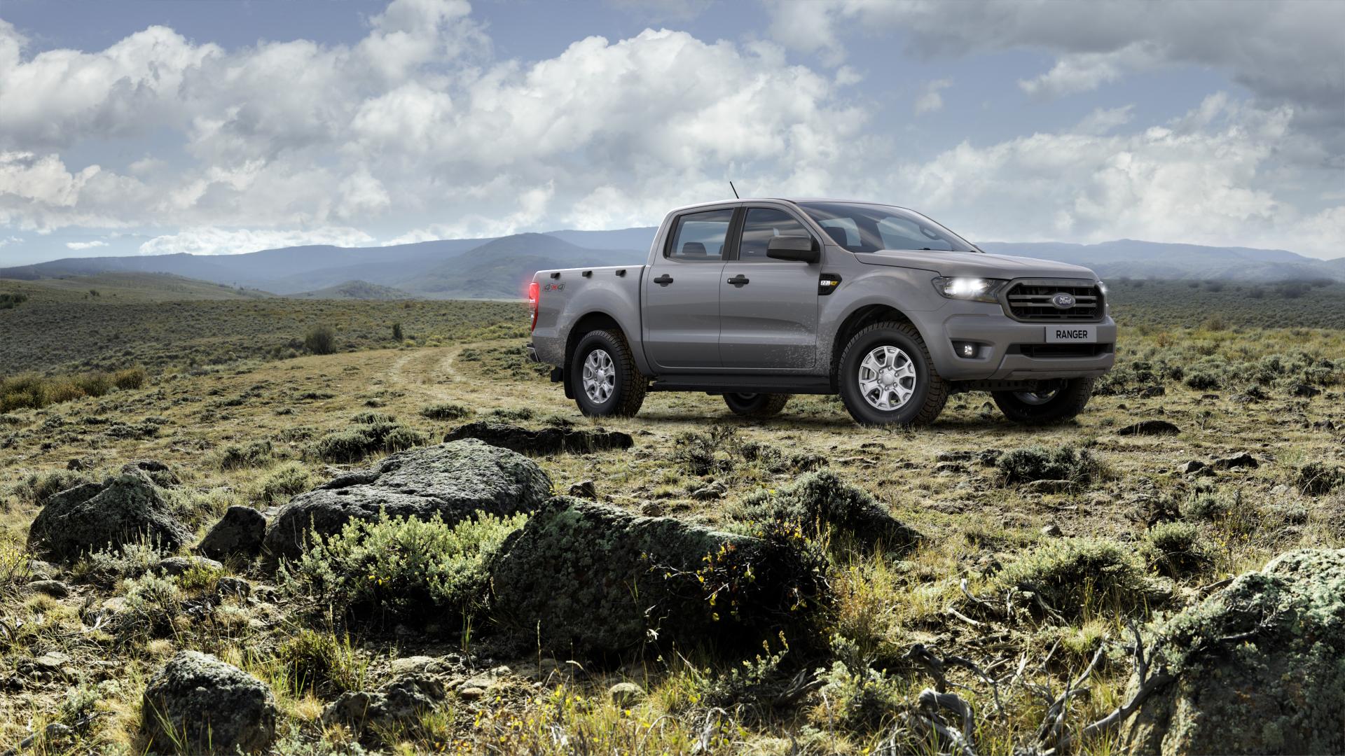 Ford-Ranger-xls-double-cab-moondust