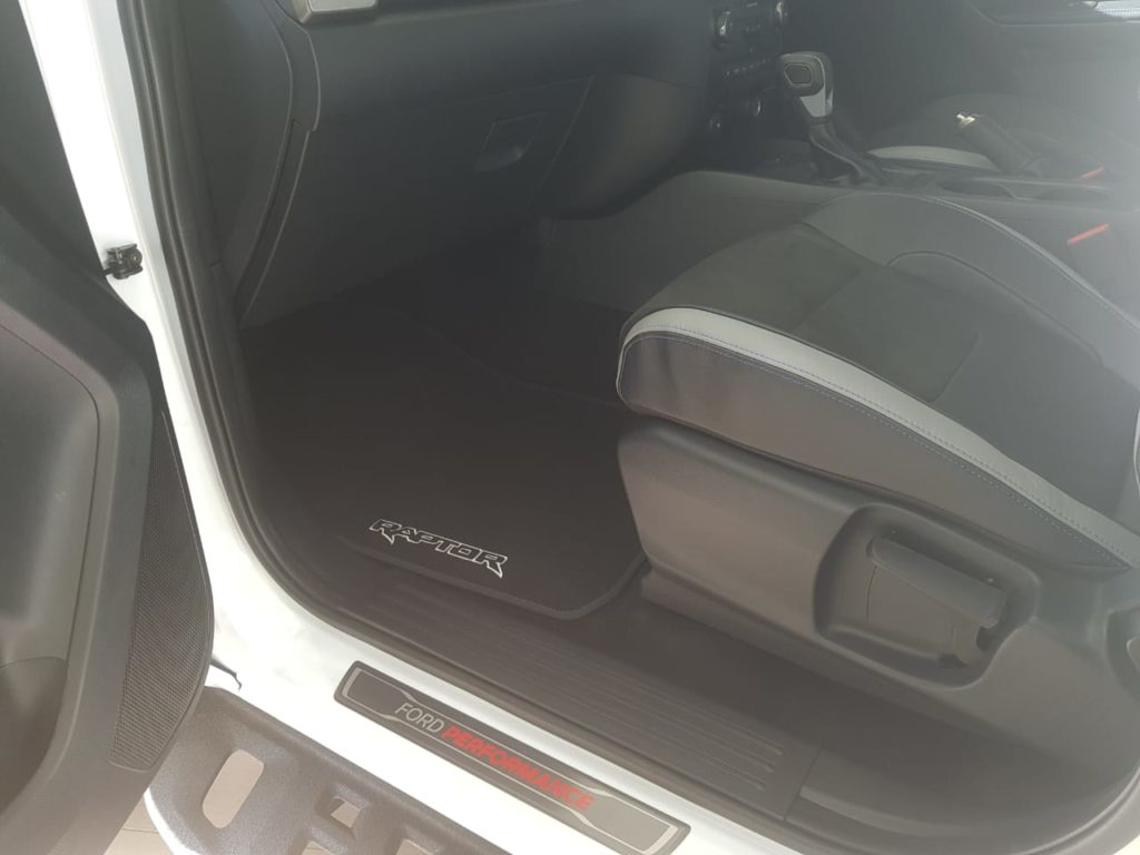 Ford Double cab passenger seat