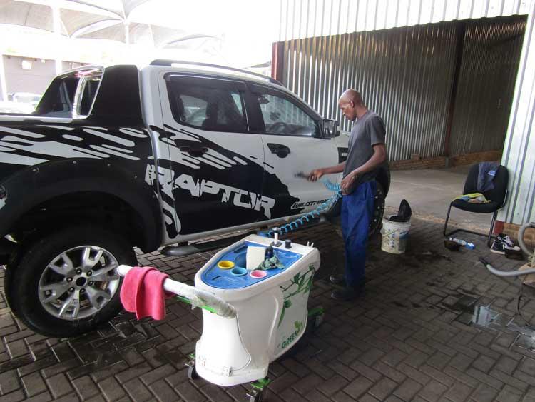 Going Green saving the world - CMH Kempster Ford Pretoria - Going Green