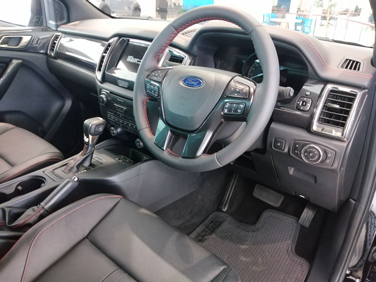 Ford Ranger Thunder - Interior
