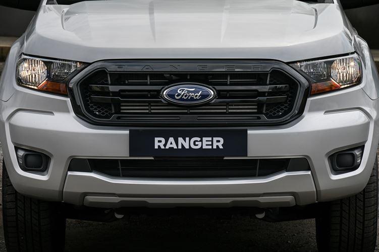 Ranger XL Sport | Front grill