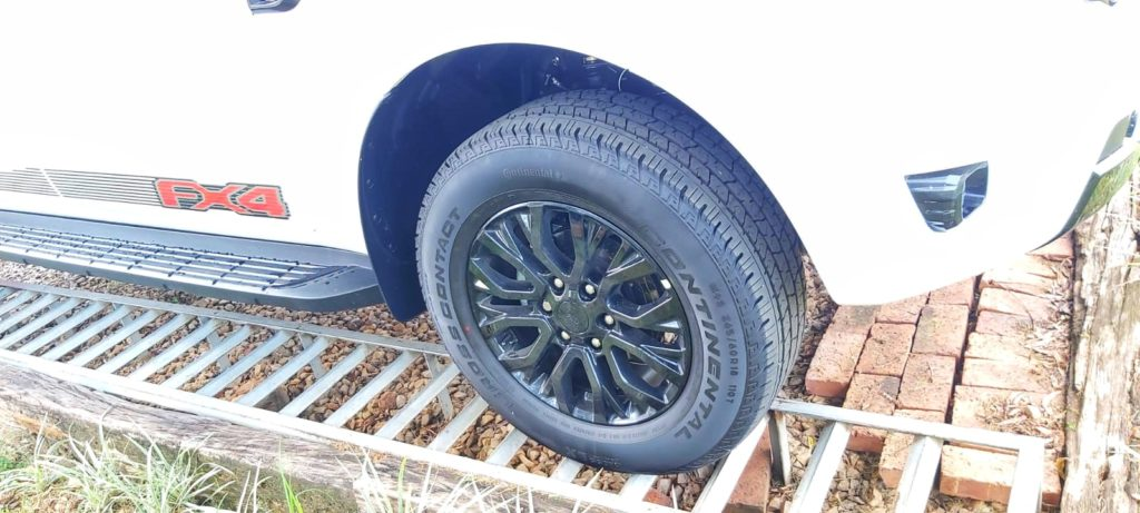 Ford Mag wheel