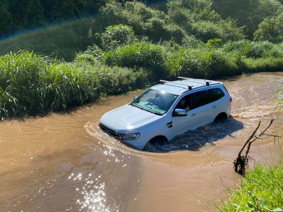 Ford Ranger in water