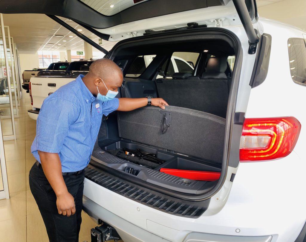 Checking vehicle